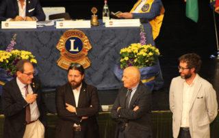 Il governatore Giovanni Costa con il presidente del Club di Costigliole d'Asti Mauro Imbrenda